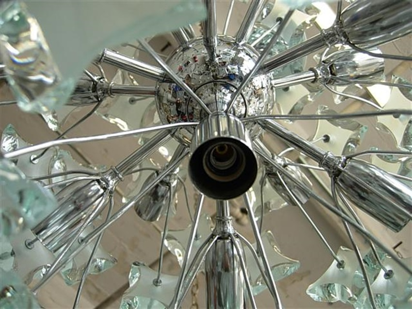 Chandelier Cleaning Fixture Taken To The Be Dismantled And Clean All Glasseetal