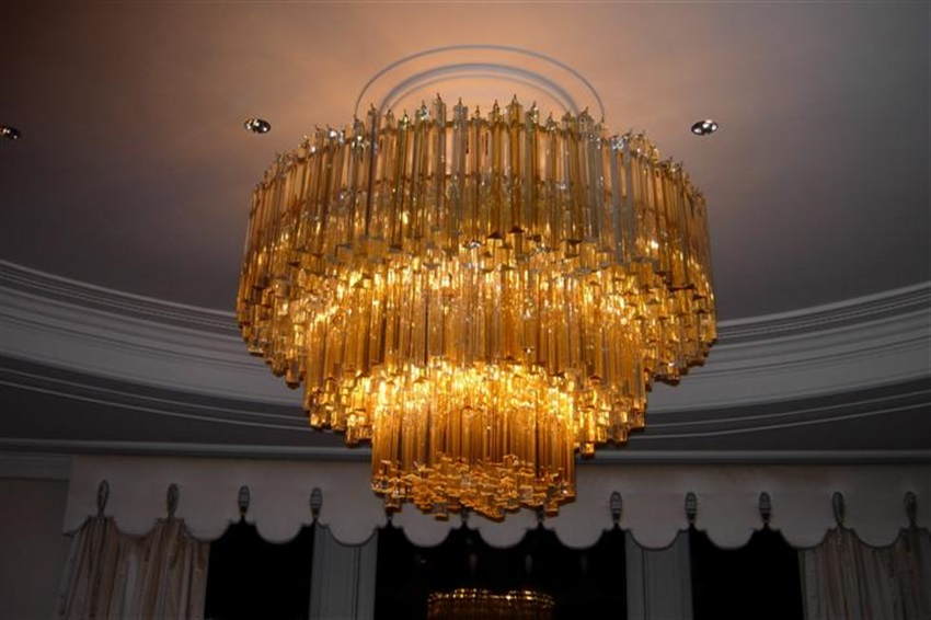 Chandelier installations long island nyc hamptons londono gigantic venini chandelier installed over dinning room table in nyc aloadofball Gallery